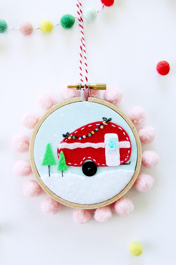 DIY Felt Mini Hoop Ornament from Flamingo Toes