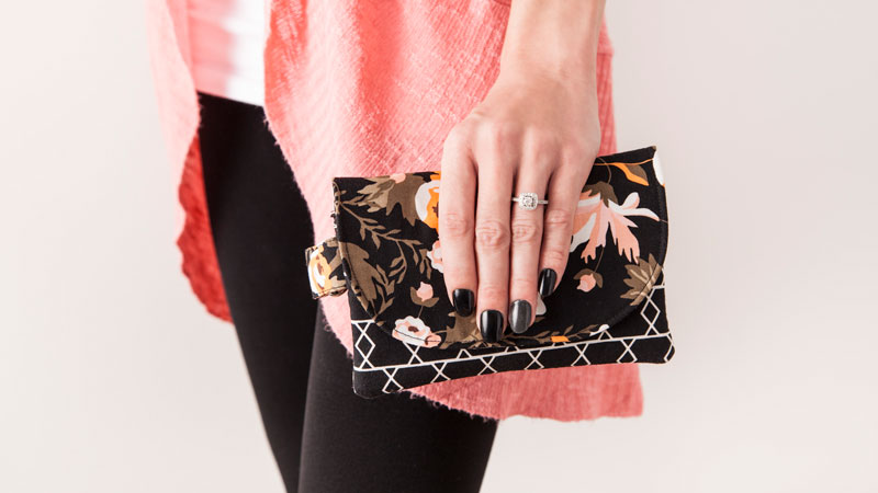 Find this makeup bag pattern and more in the new digital sewing patterns library