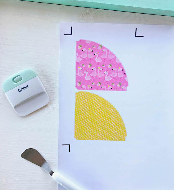 Use printable vinyl for your ice cream cone wrapper