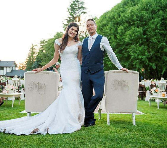 Mr. & Mrs. Chairs