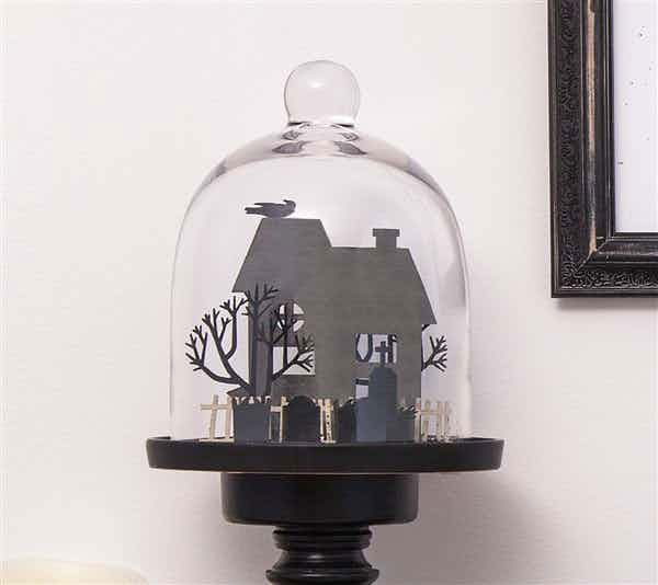 Make this fun Halloween cloche to decorate