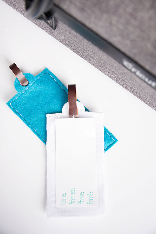 Make your labels for your luggage tag