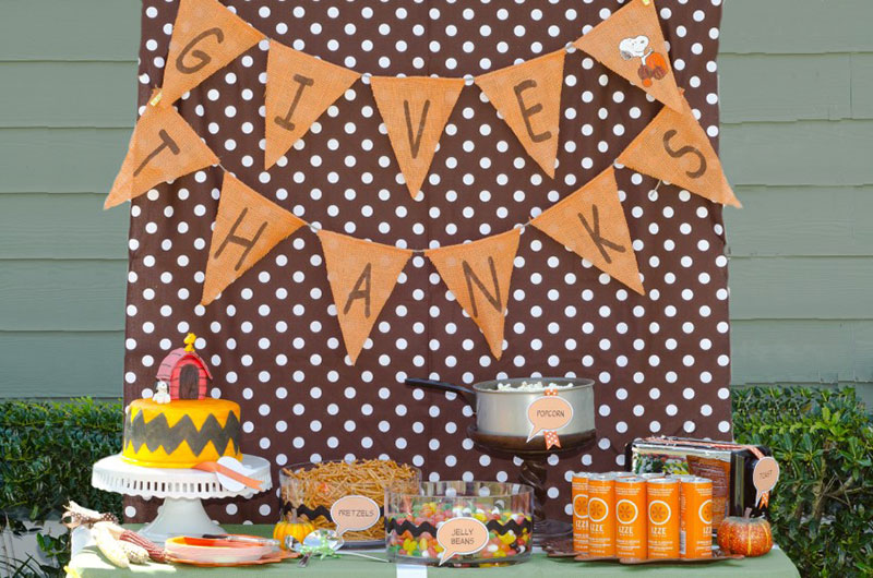 This cute Charlie Brown Thanksgiving party is perfect for the season