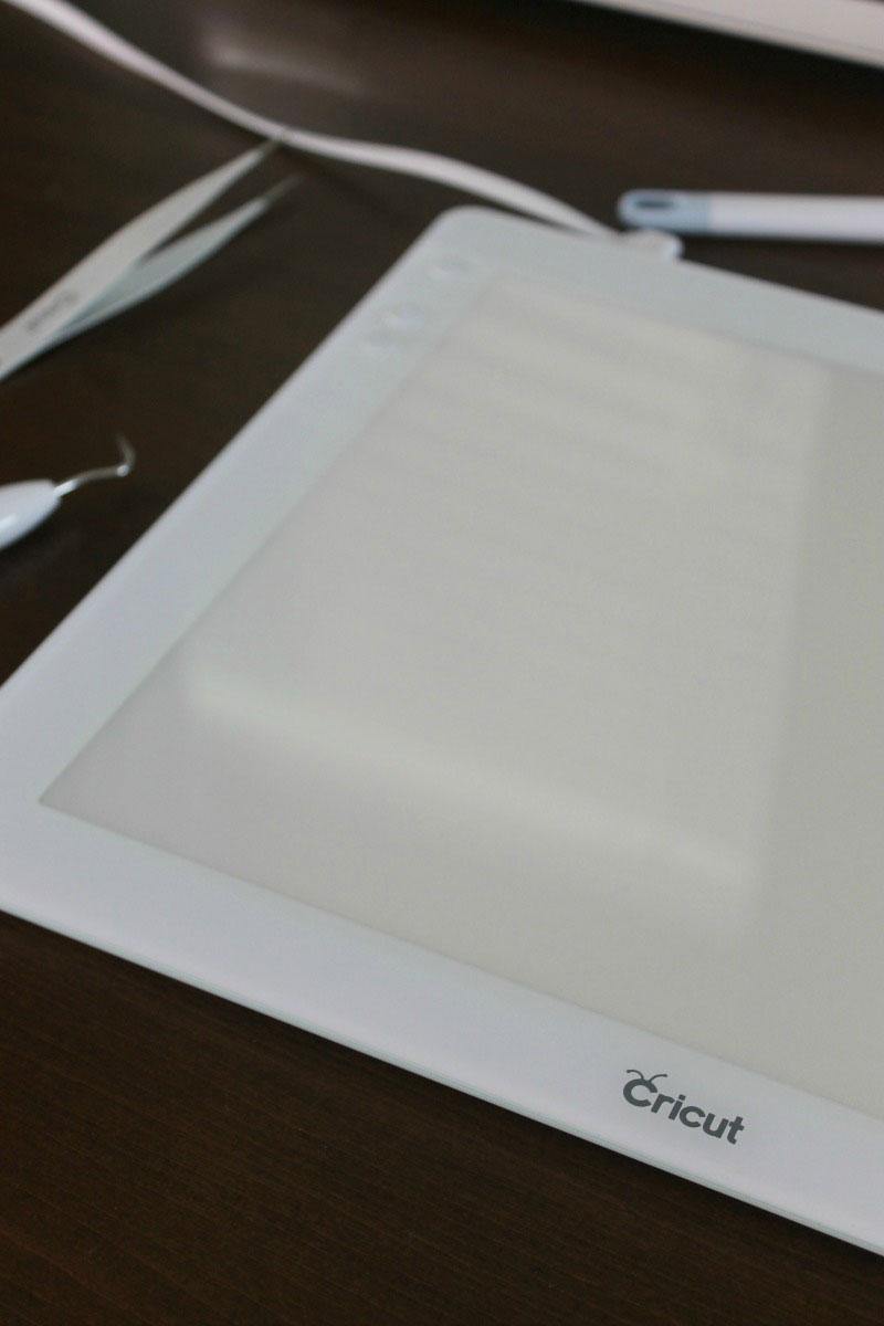 Uses for the Cricut BrightPad