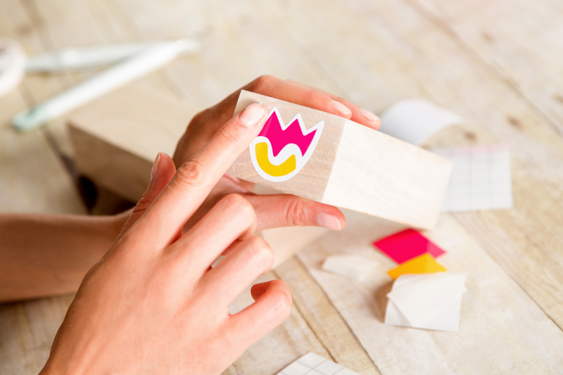Transfer the vinyl flowers for the tumbling towers game