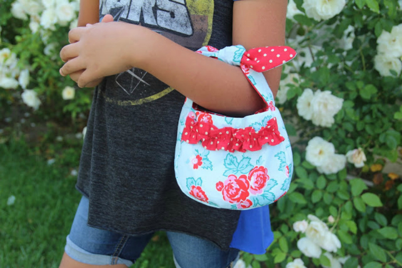 Simplicity Bags and Totes With a Cricut Maker