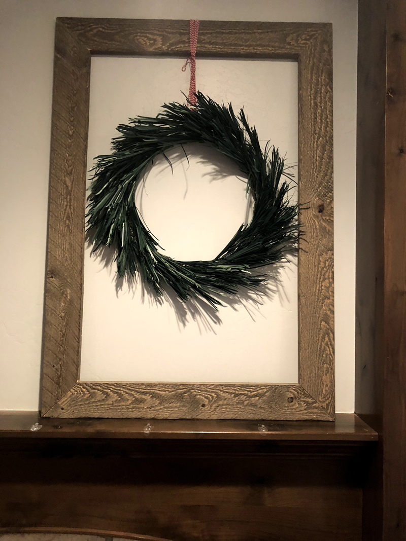 8 Weeks to DIY Holiday Decor: Mantel