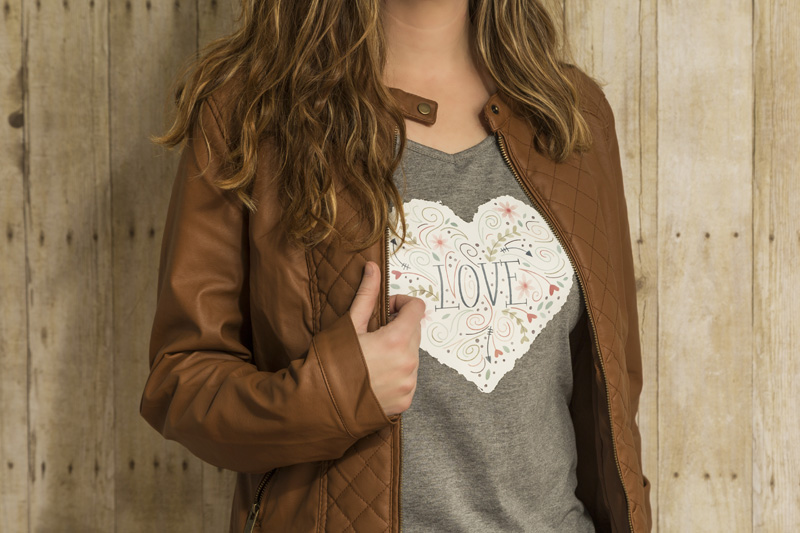 Cricut DIY T-Shirts We Love for Holiday Gifts