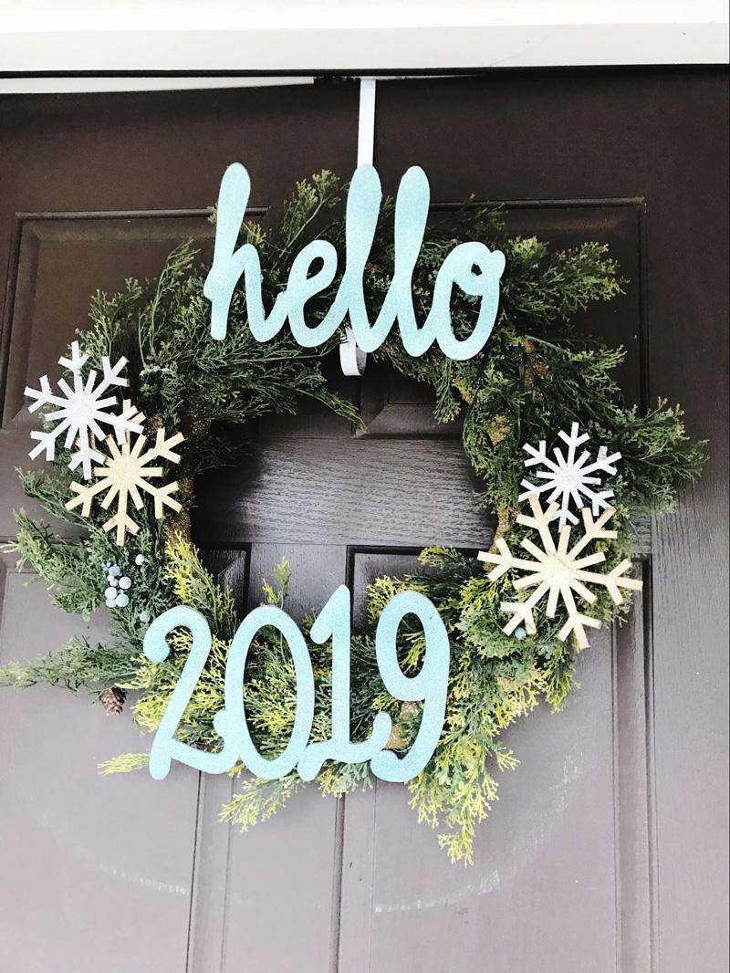 DIY New Year Wreath