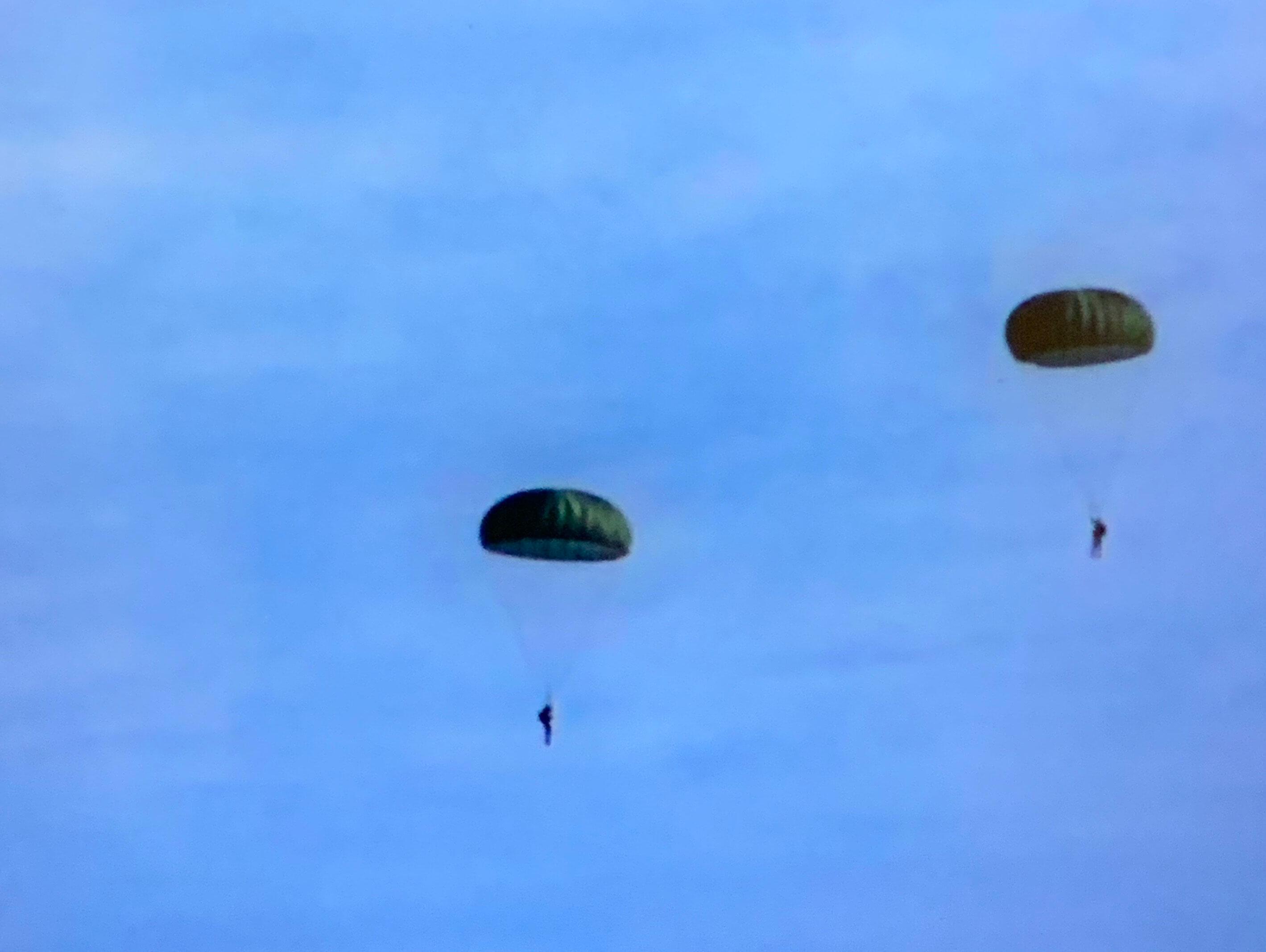 James Davis, Army Specialist, Parachuting