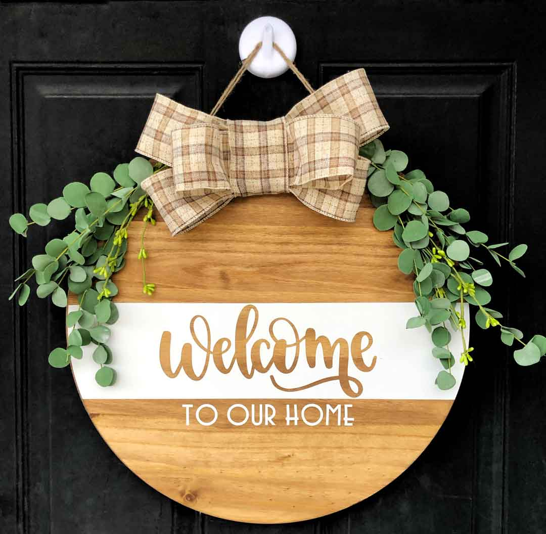 Creating A Diy Wood Round Welcome Sign Cricut