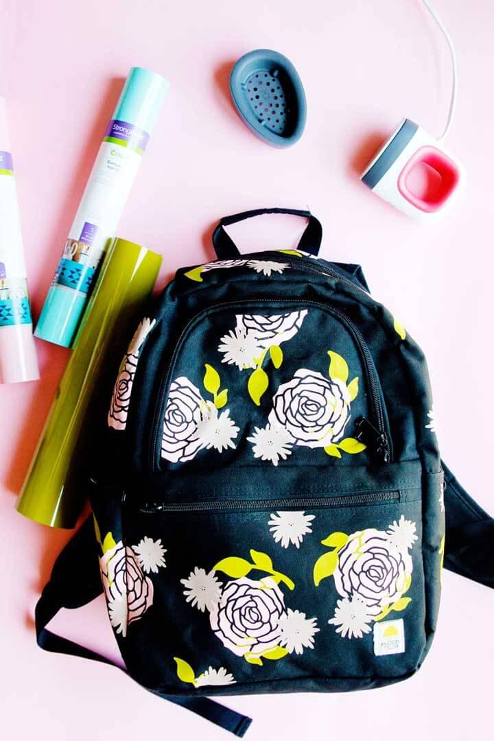 Personalized backpack using a Cricut machine