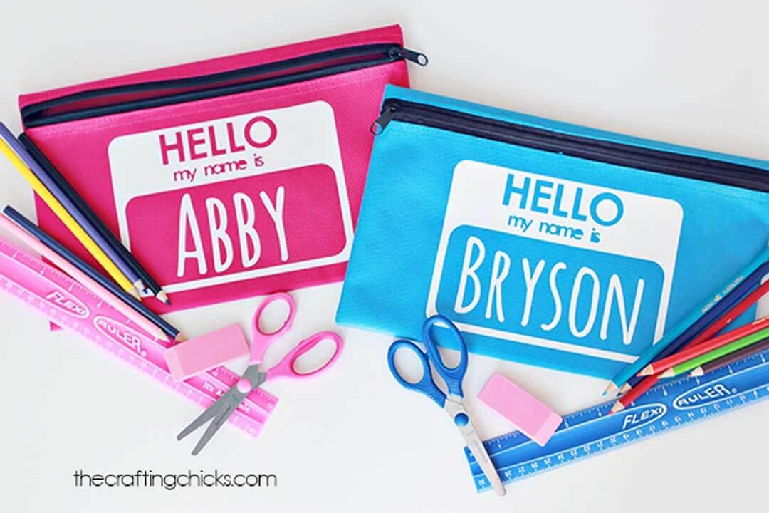 Personalized pencil pouches using a Cricut machine