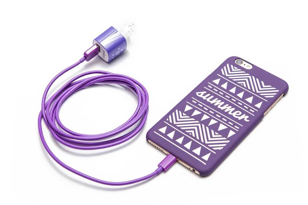 Personalized phone case design using a Cricut machine