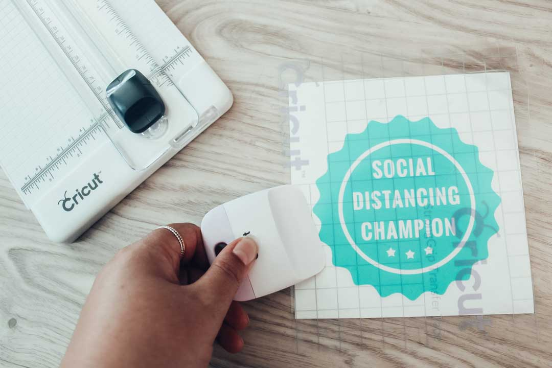 Social Distancing Champion sign with Cricut Joy