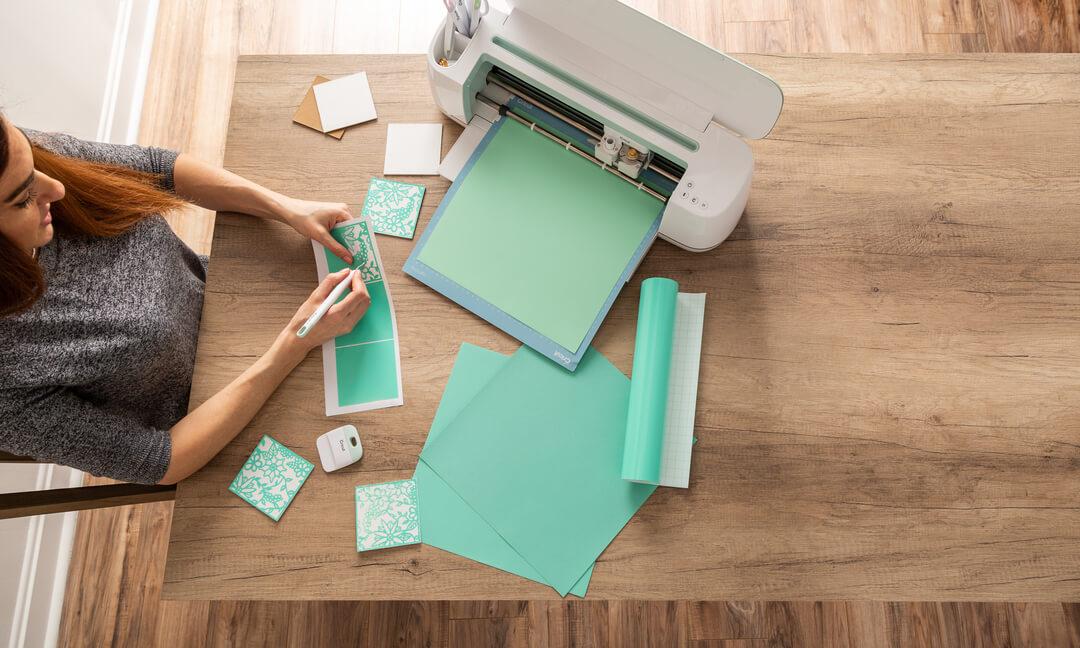 Cricut Maker, smart cutting machine