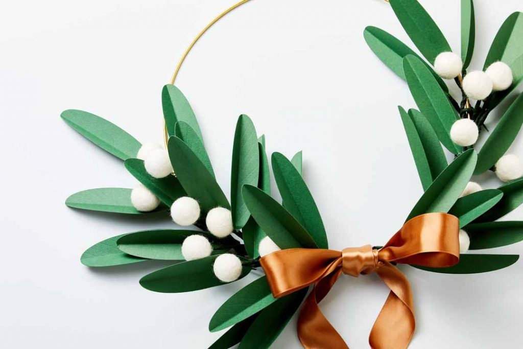 Modern Wreath with Paper Leaves