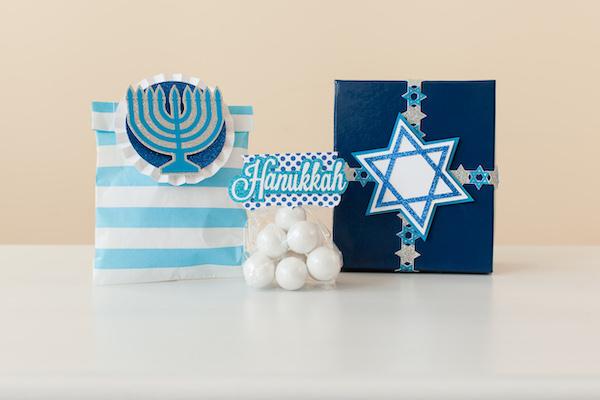 Hanukkah party favors with Cricut machines