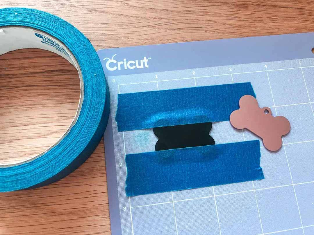 Prepping cutting mat for engraving using Cricut Maker
