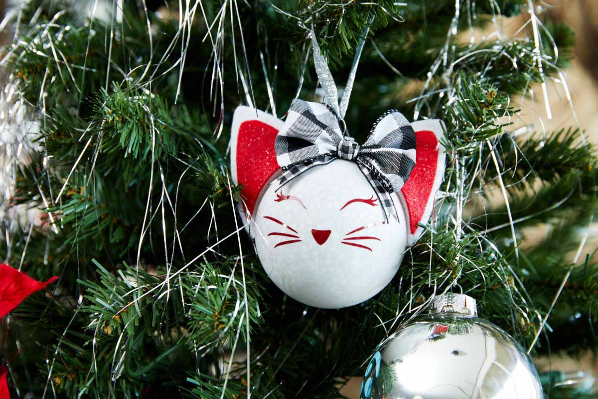 DIY Christmas tree cat ornament  from Zooey Deschanel and Cricut