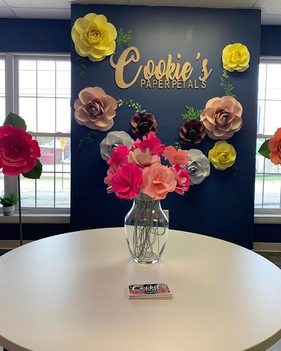 Cookie's Paper Petals flower bouquet