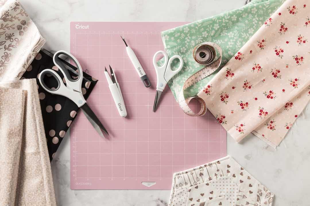 FabricGrip Mat and Sewing Tools
