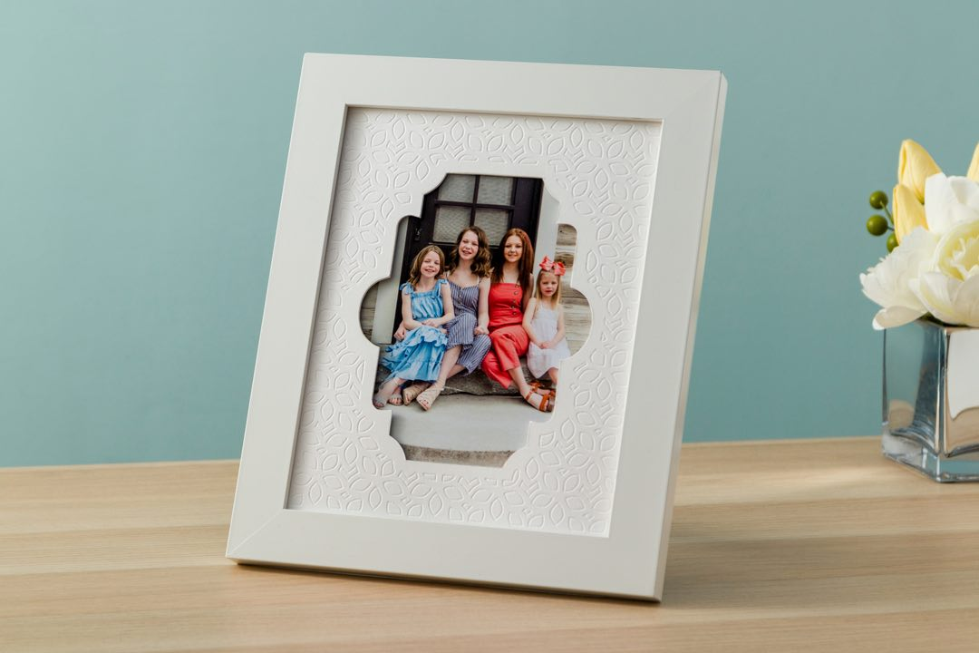 Cricut projects, debossed mat board picture frame