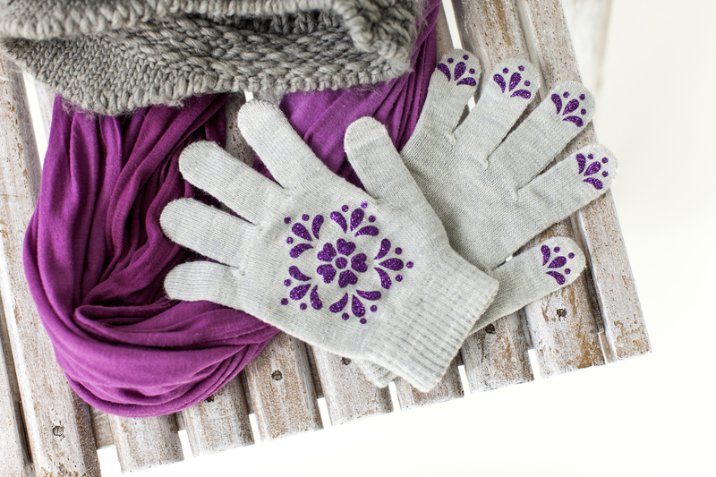 Cricut projects, sparkle gloves