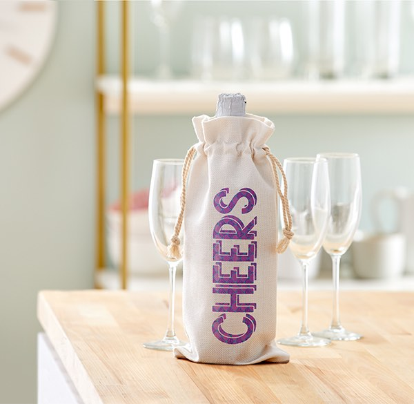 Cricut projects, cheers wine tote/bag