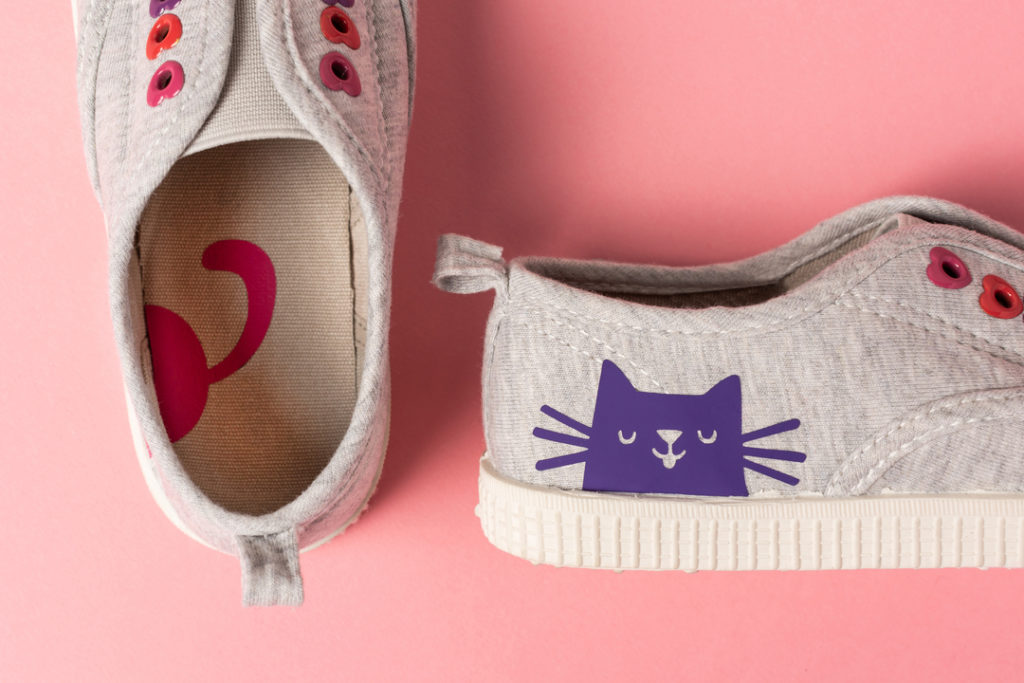 Cricut projects, kitty cat shoes