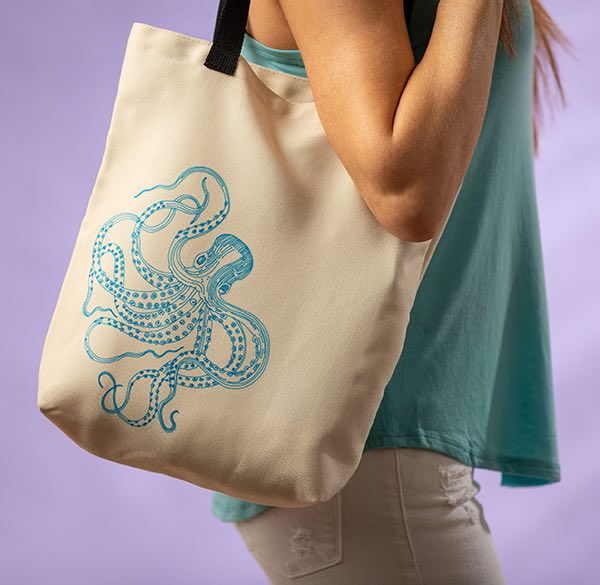 Cricut projects, octopus tote bag with Infusible Ink