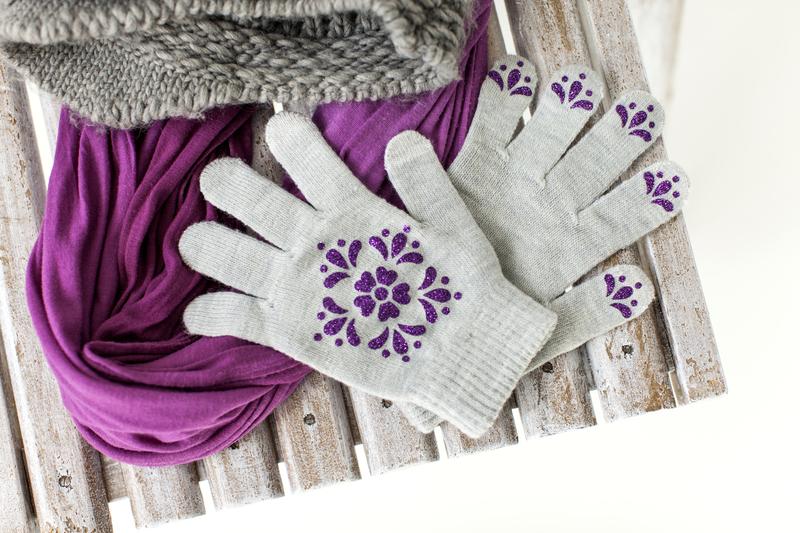 Cricut projects, sparkle gloves