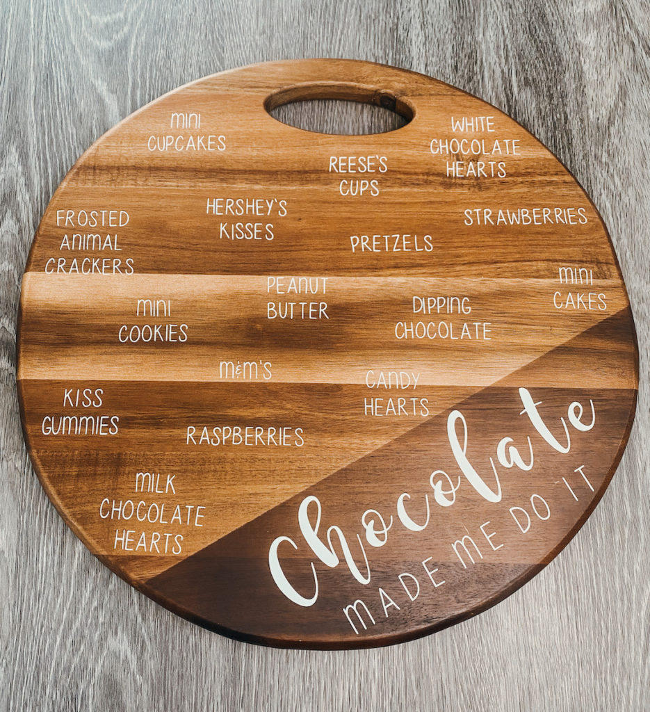 Charcuterie board with Removable Vinyl
