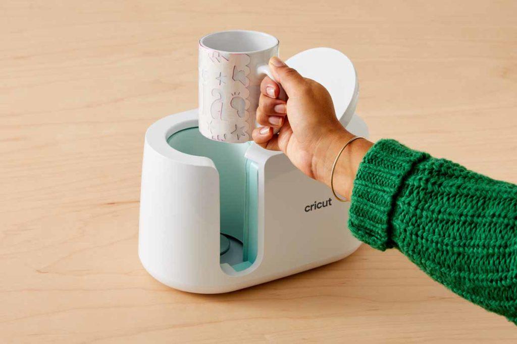 Create DIY mugs with the Cricut Mug Press