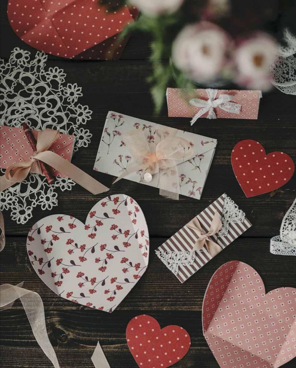 Johanna Cryer paper crafts