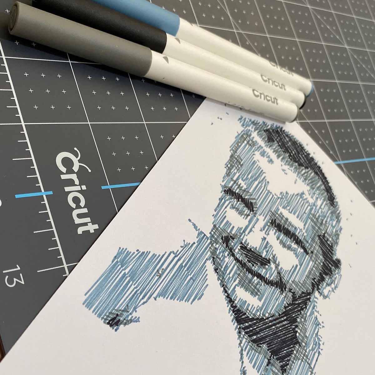 Tamara Tigchelaar - sketching with Cricut pens