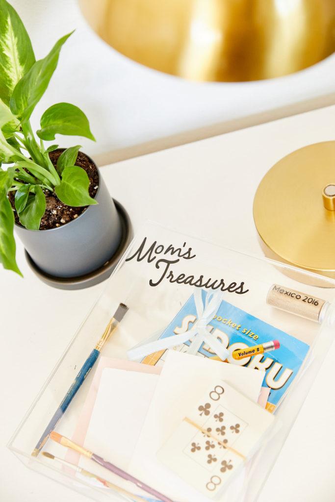 """Mom's treasures"" box"
