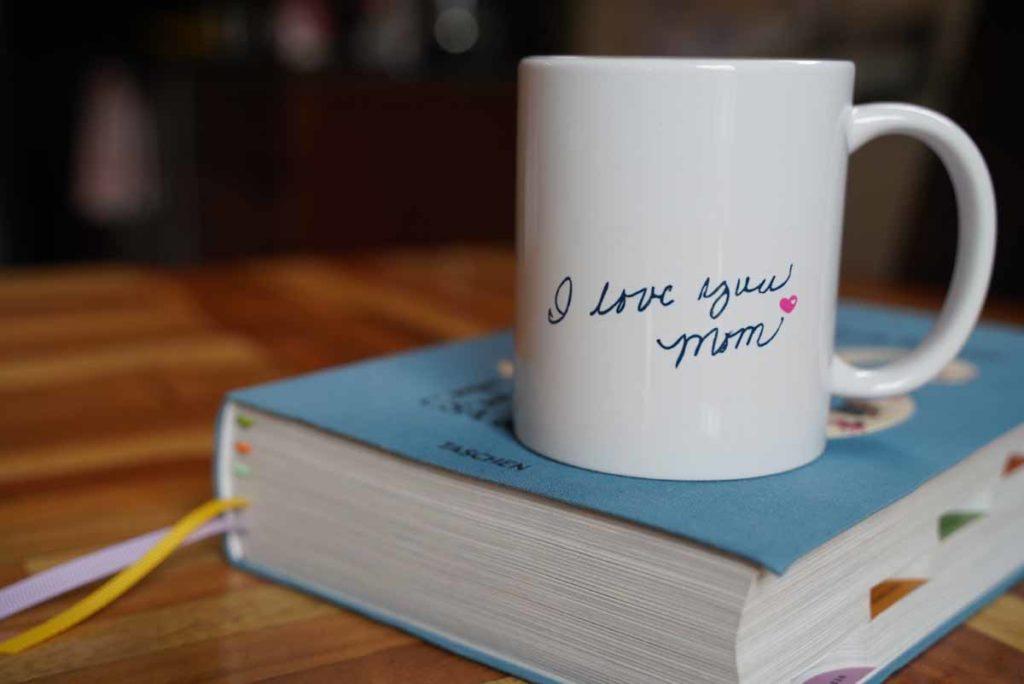 Cindy De Glopper - I Love You Mug with Mom's writing