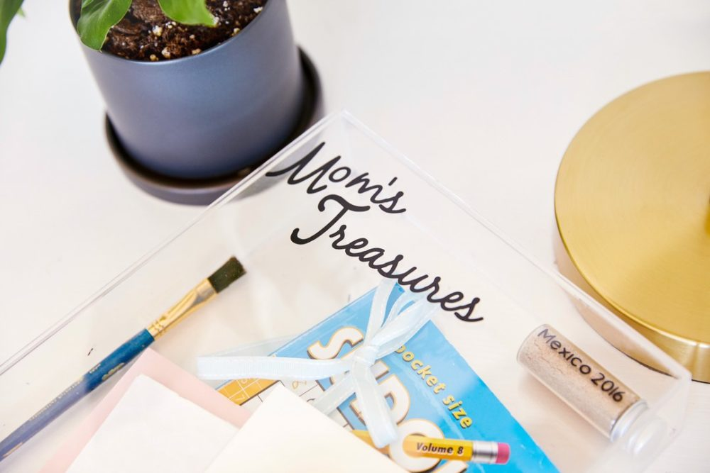 Mom's treasures - Cricut Mother's Day projects