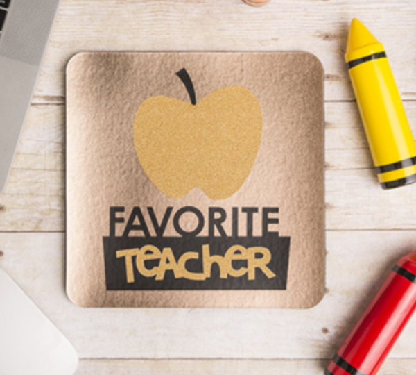 Favorite teacher card made with Cricut