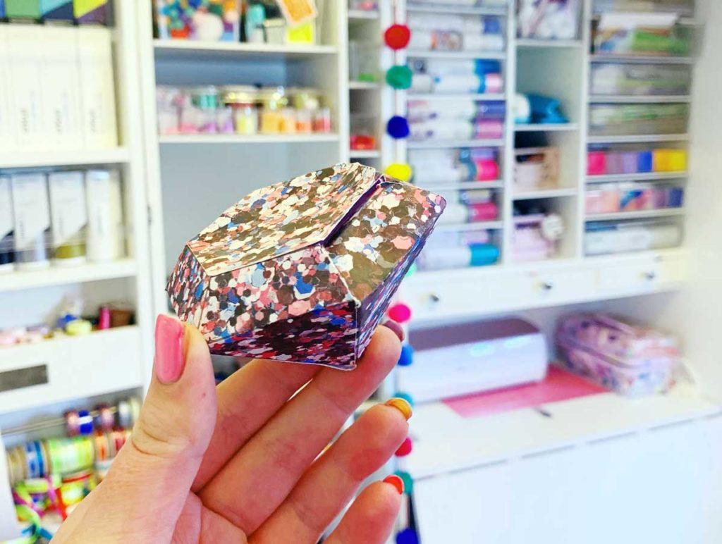 Emma Jewell - 3d Paper Gem Cricut Project