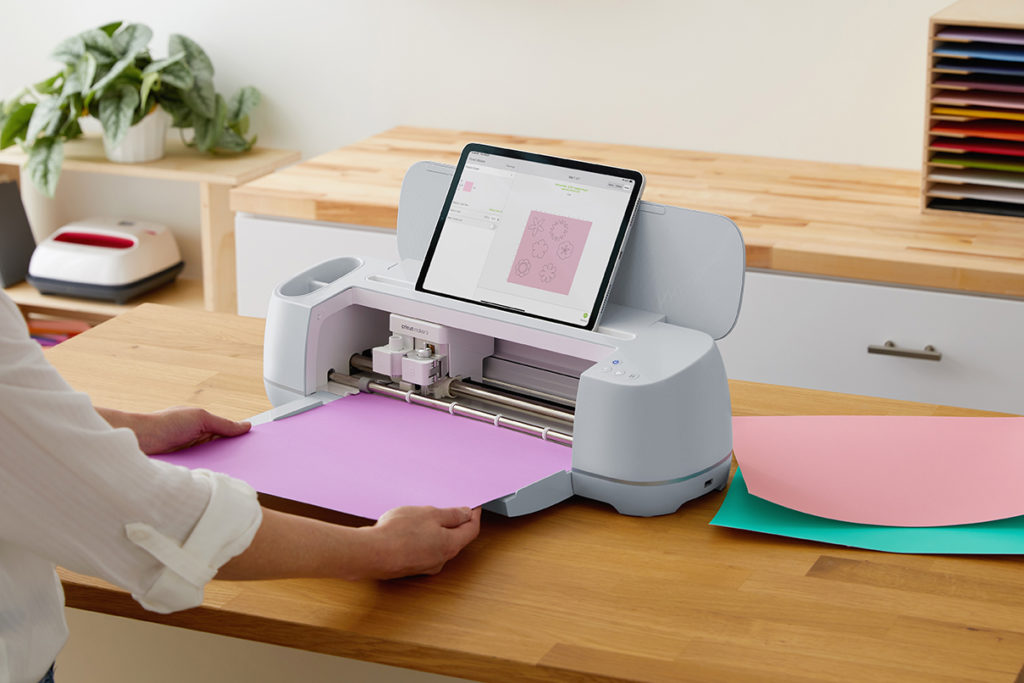 Cricut Maker 3 with Smart Paper and ipad