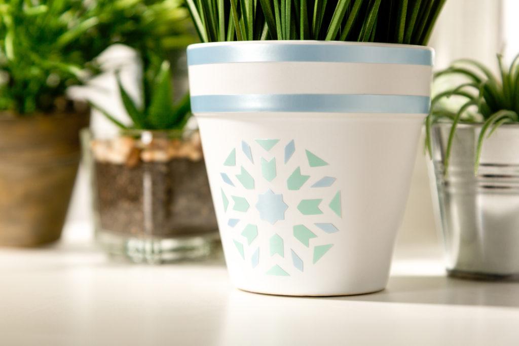 Pastel plant pot