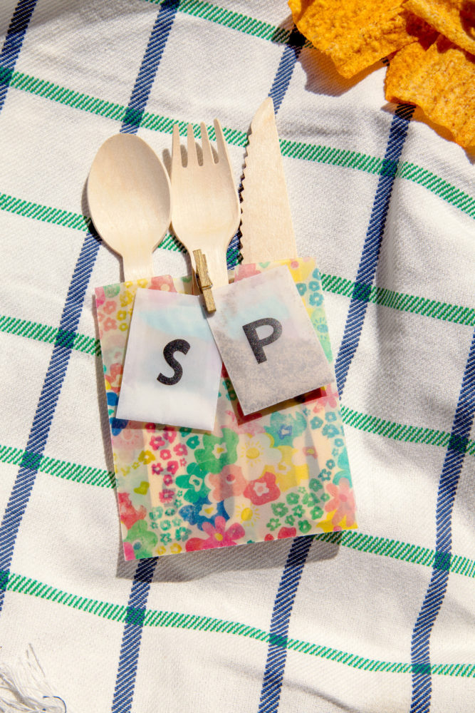 Custom cutlery with labels
