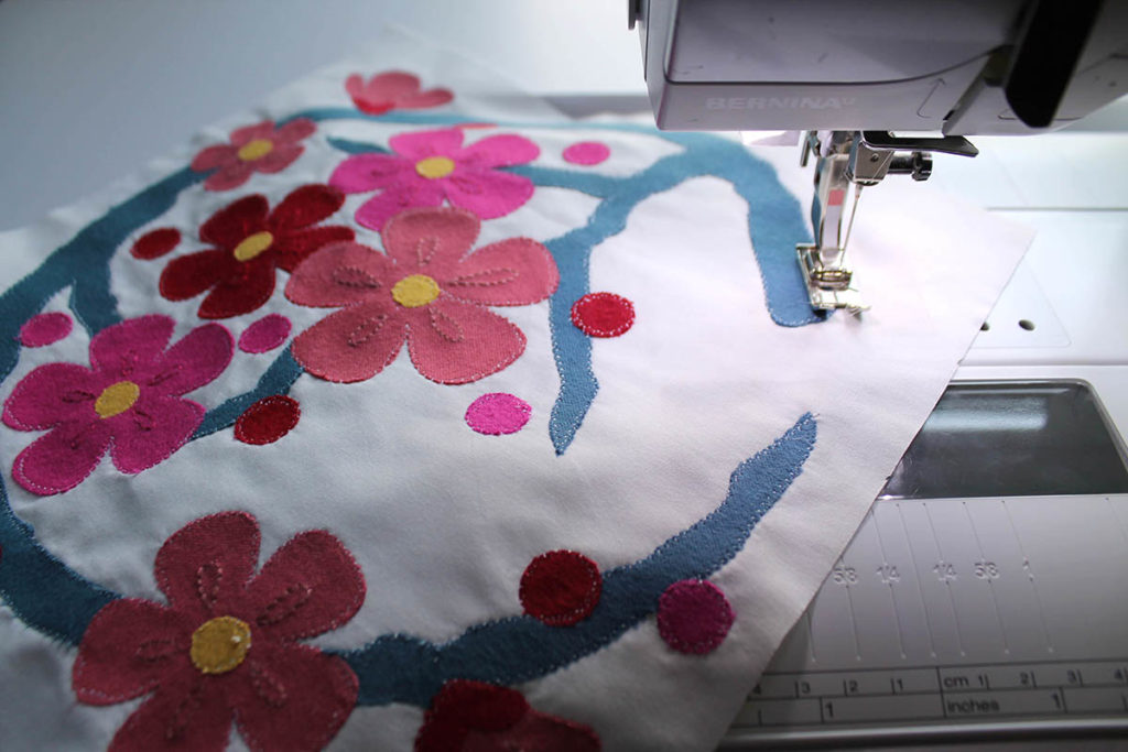 stitching quilt edges